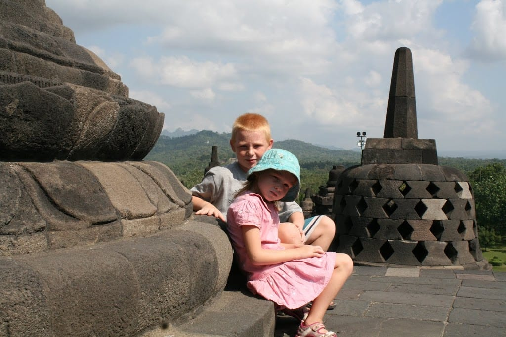 Travel around the world with kids